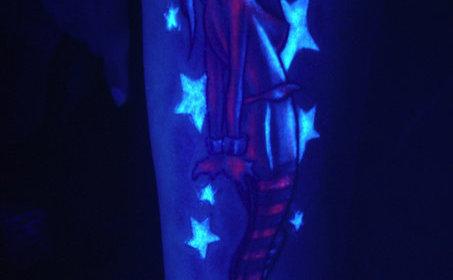 Ультрафиолетовая татуировка