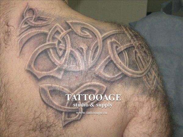Мужские татуировки на грудь фото.